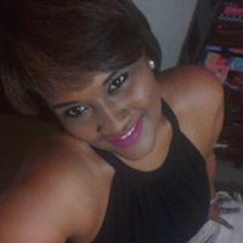 Amanda Maria Frias's avatar