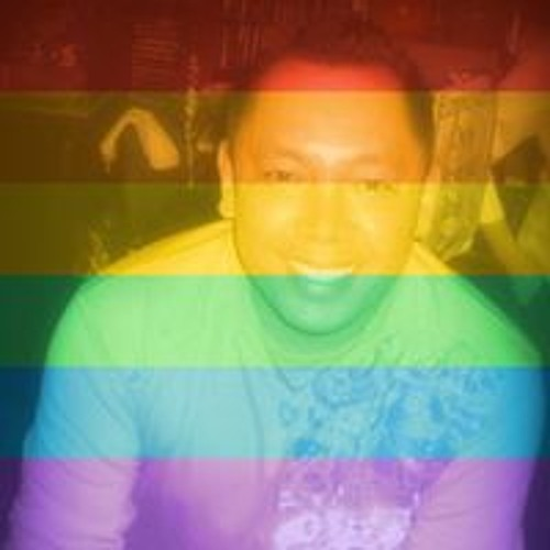 Robert Olivares's avatar