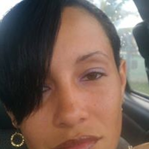 Charlette Parrilla-Rivera's avatar