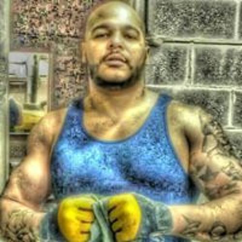 Joey Lucious's avatar