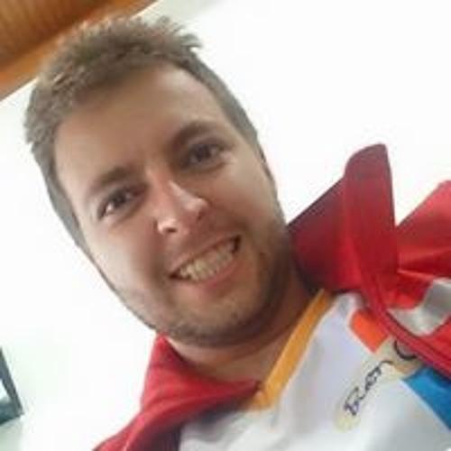 Sebastián González's avatar