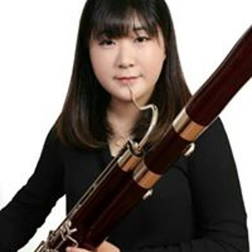 Yoojin Jung's avatar