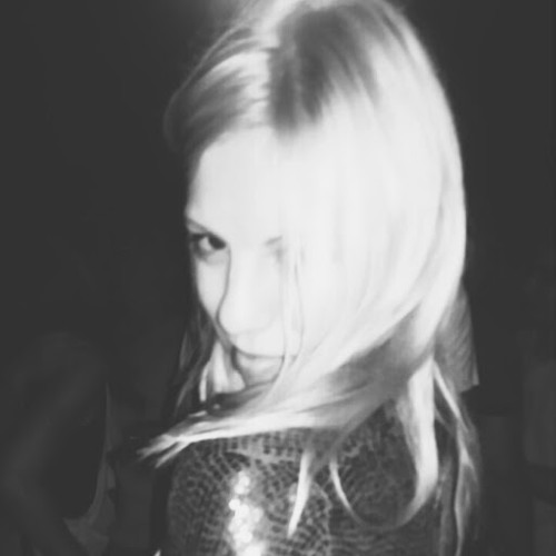 i_ carev's avatar