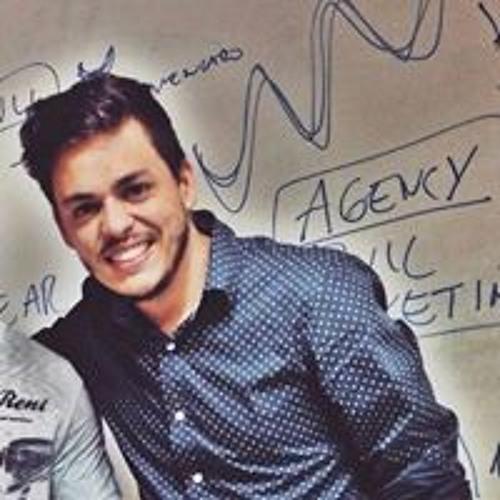 Cássio Tomaz's avatar