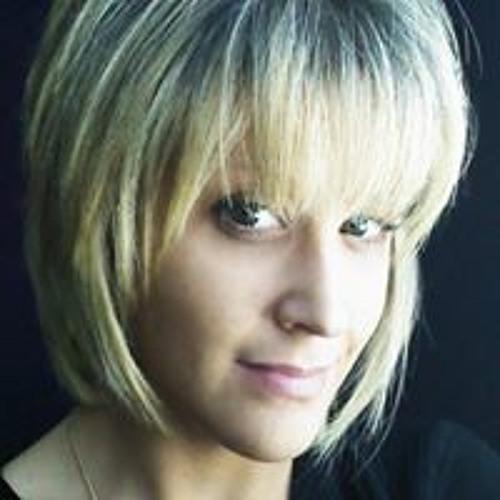 Chloé-Alexandra Betit's avatar