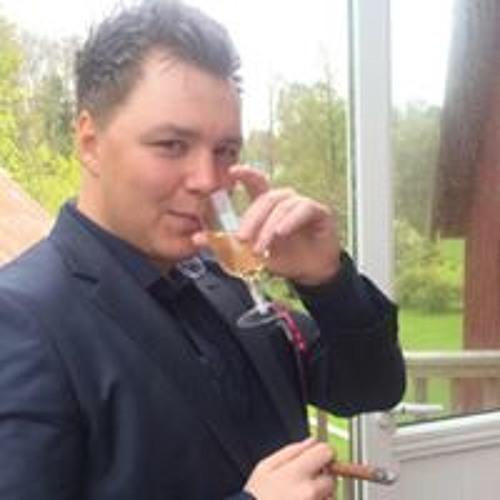Fredrik Olsen's avatar