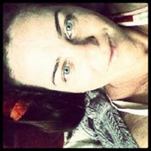 Juli Barros's avatar