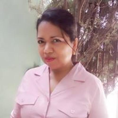 Alina Lorío's avatar