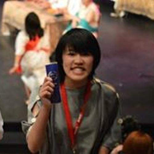Sophia Ly's avatar