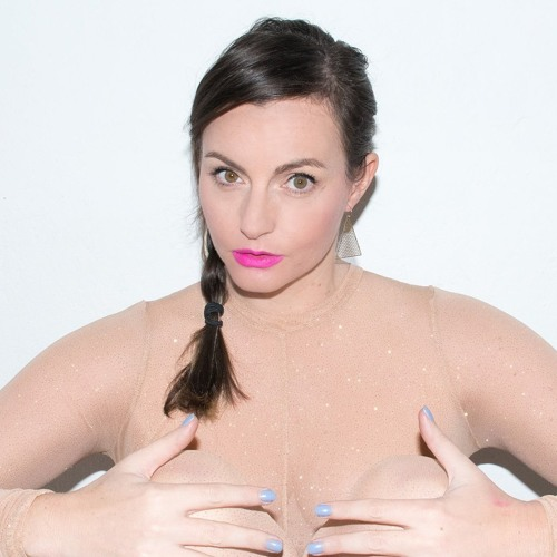 Melanie Jame Wolf's avatar