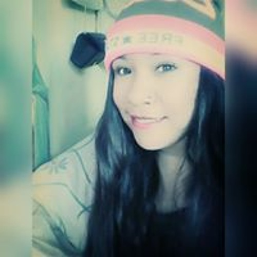 Karlita Estefania's avatar