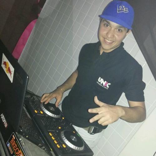 DJ Nando Vox's avatar
