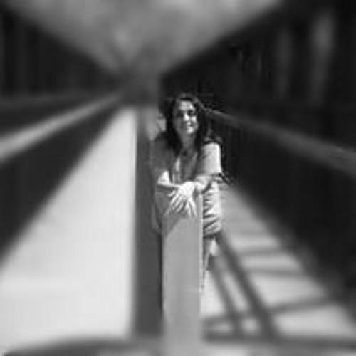 Lin Herrera's avatar