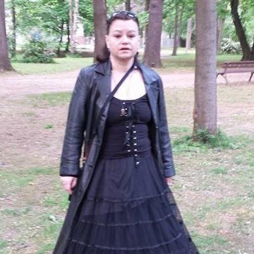 Angelchen Manu's avatar