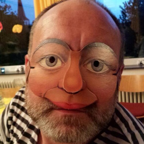 Deusi's avatar
