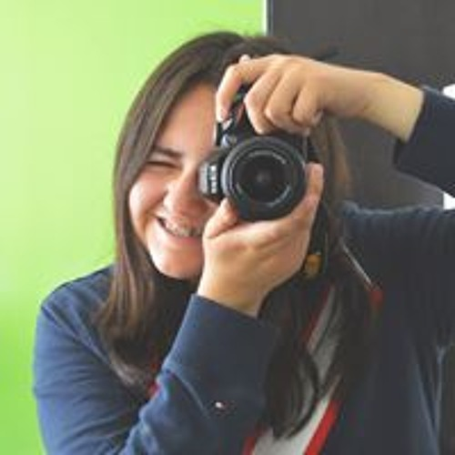 Andrea MH's avatar