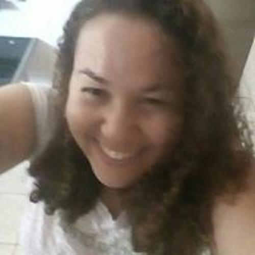 Mariana Lins's avatar