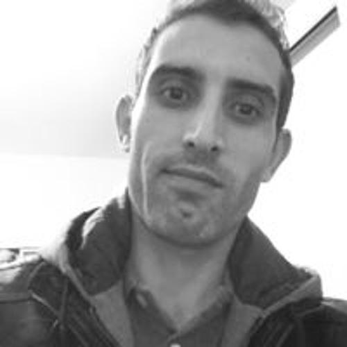 Rai Monteiro's avatar