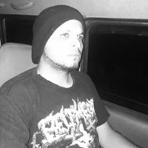 R Javier Zamora Morales's avatar