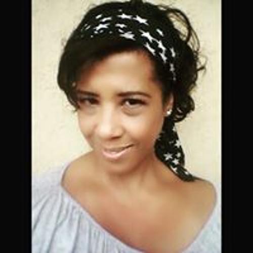 Solange Fonseca's avatar
