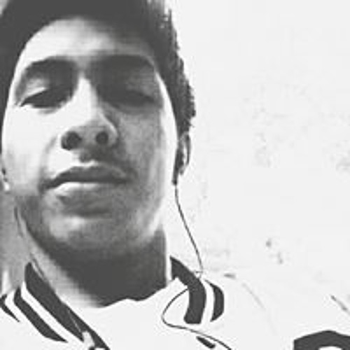 Luis Chavez's avatar