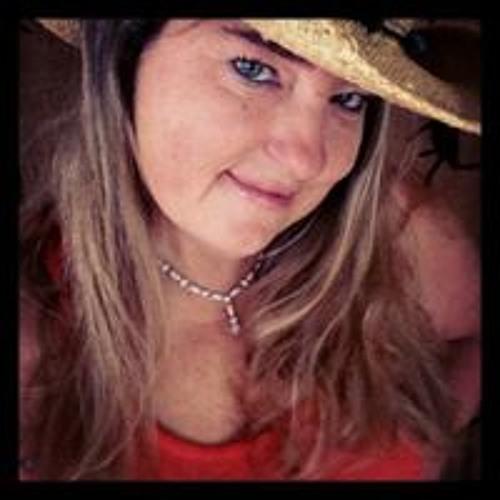 Suzy Raywood's avatar