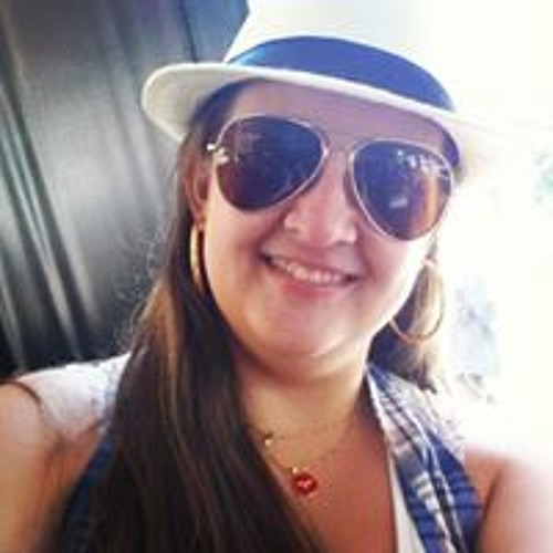 Luana Ferreira's avatar