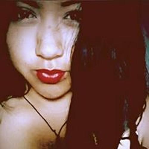 Esme Ayona's avatar