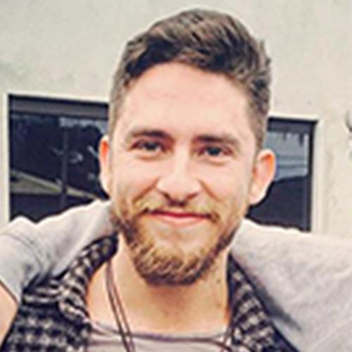 Patrick Pinheiro's avatar