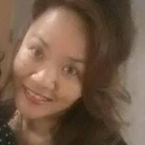 Jeannie Akana Santiago's avatar