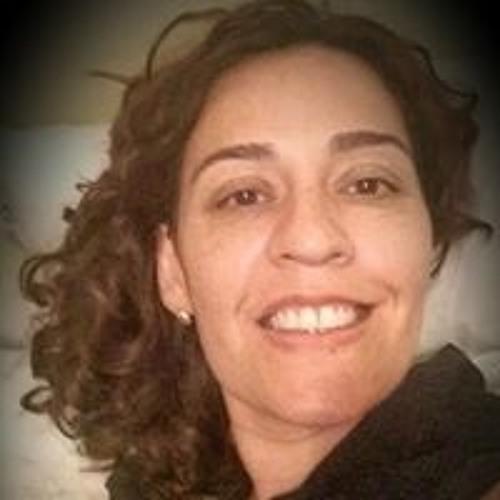 Sheila Fraga's avatar