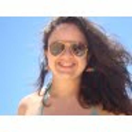Carolina Magalhães's avatar