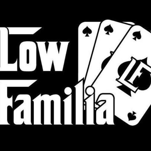 Low Familia.'s avatar