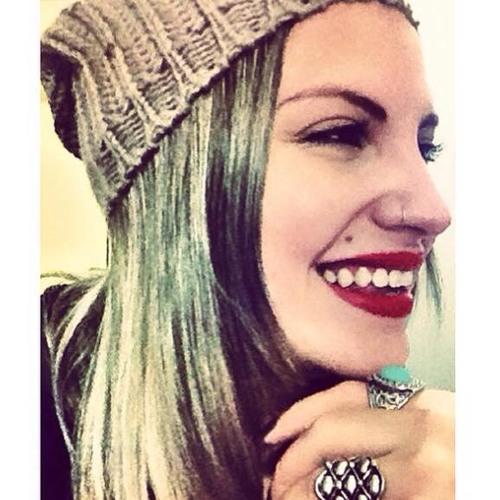Bea Bessa's avatar