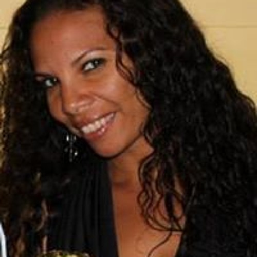 Janelle Castillo's avatar
