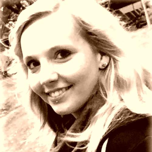Lena-**'s avatar