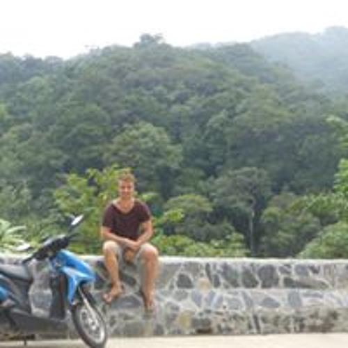 Gareth McAuley's avatar