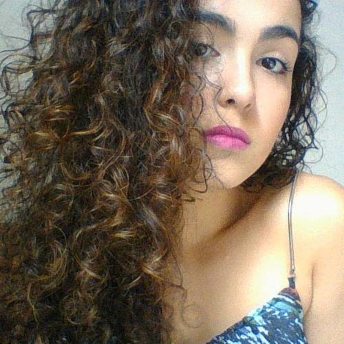 Isabela Sousa's avatar