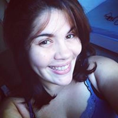 Camila Vasconcelos's avatar