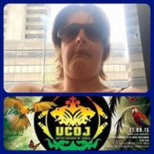 Heather Lander's avatar