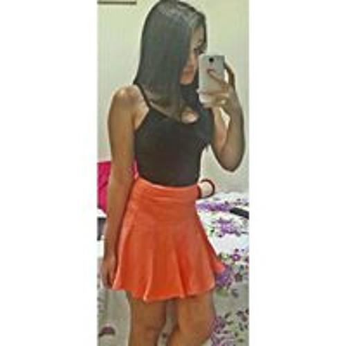 Alana Santos's avatar
