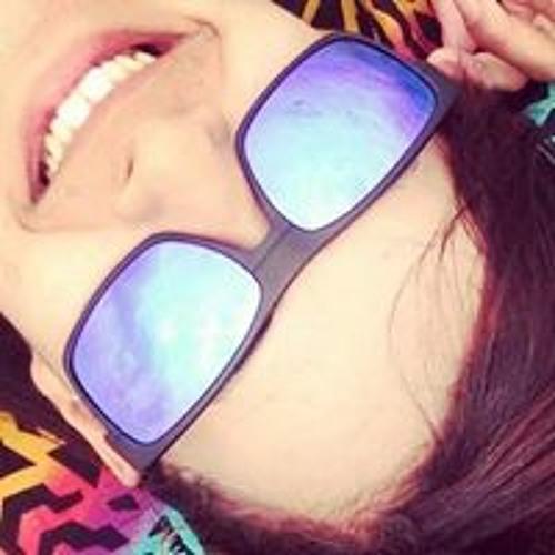 Amanda Regina's avatar