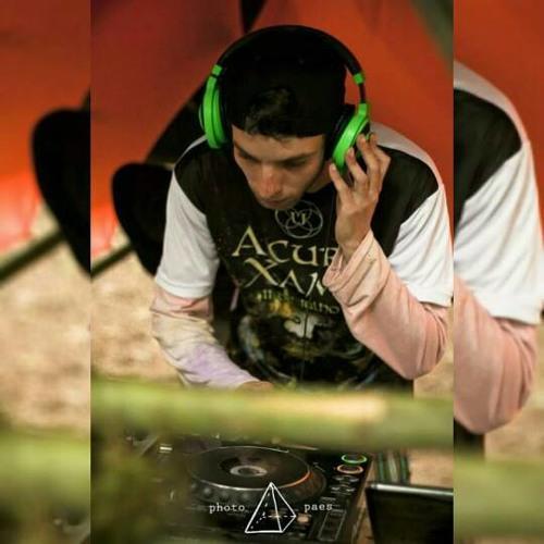 Lucas Caxa (Vibration)'s avatar