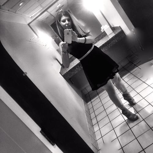 Jessica Mangone's avatar