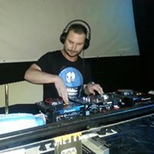 Stuy Szulti's avatar