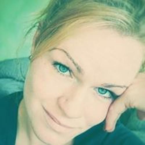 Franziska Beu's avatar