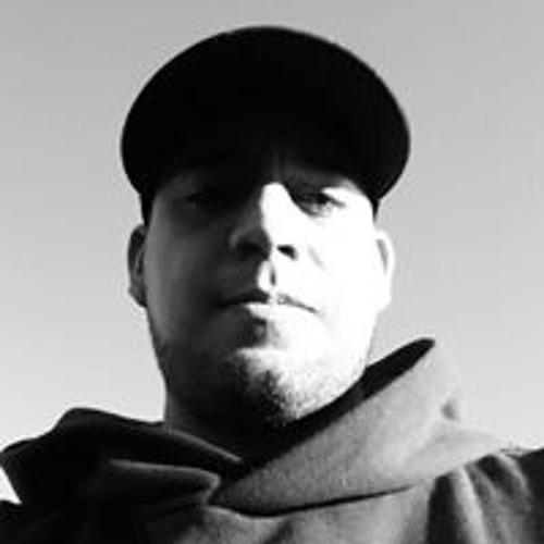 Raul Ruelas's avatar