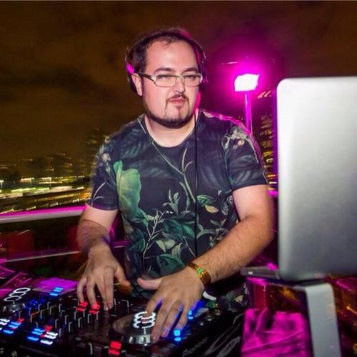 Bruno Terumoto's avatar