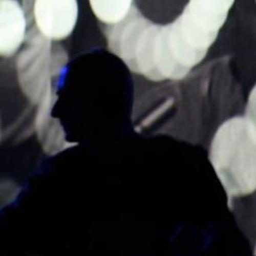 Dominic Glynn's avatar
