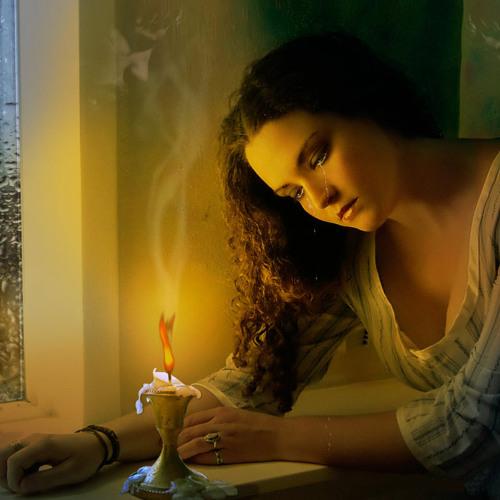 Loly Hassan's avatar